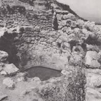 Микены. Водохранилище в юго-восточной части замка. Фото: Анджей Дзевановский