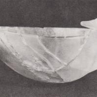 Микены. Сосуд из горного хрусталя XVI в. до н.э., найденный в захоронении могильного круга В. Фото: Анджей Дзевановский