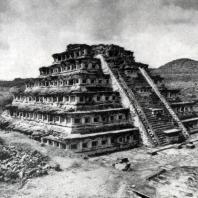 Храм в Тахине. Культура тотонаков. Общий вид
