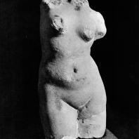 Торс Афродиты. Мрамор. I в. до н.э. Греко-римский музей в Александрии