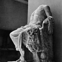 Статуя Геракла. Мрамор. I в. до н.э. Греко-римский музей в Александрии