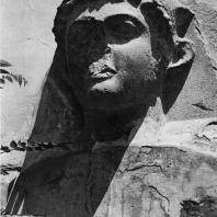 Портрет Антония (?). Песчаник. Конец I в. до н.э. Греко-римский музей в Александрии