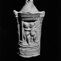 Терракотовый фонарь с изображением амуров. Римское время. Греко-римскии музей в Александрии