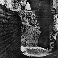 Александрия Египетская. Ком эль-Дикка. Римские термы. Замурованный вход в кальдарий. Вид с южной стороны. III—IV в.н.э.