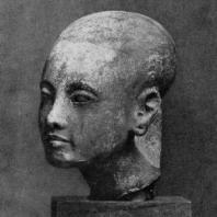 Голова дочери Эхнатона. Известняк. XVIII династия. Начало 14 в. до н. э. Берлин