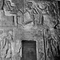 Сети I перед богом Птахом. Рельеф из храма Сети I в Абидосе. XIX династия. 14 в. до н. э.