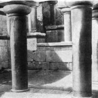 Кносский дворец на Крите. Лестница и световой колодец. 16 в. до н. э.