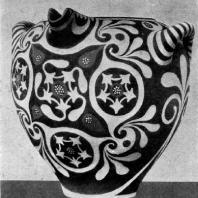 Ваза Камарес. Глина. Около 1800 г. до н. э. Гераклейон. Музей