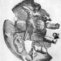 Сасанидское блюдо с изображением охоты Шапура II. Серебро с позолотой. 4 в н. э. Ленинград. Эрмитаж