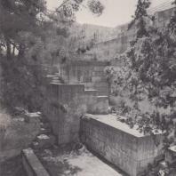Остатки бастионов в восточной части дворца в Кноссе, Крит. Фото: Анджей Дзевановский