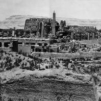 Карнак. Египет. Общий вид руин храма Амона с восточной стороны. Фотограф: Анджей Дзевановский