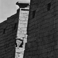 Луксор. Египет. Башни I пилона. Вид с северо-западной стороны. Фотограф: Анджей Дзевановский