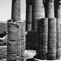 Луксор. Египет. Вид второго двора с северо-восточной стороны. Фотограф: Анджей Дзевановский