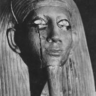 Фараон Хор, фрагмент деревянной статуи из Дашура. XIII династия. Египетский музей в Каире. Фото: Анджей Дзевановский