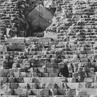 Пирамида Хеопса. Вид с севера. Фото: Анджей Дзевановский