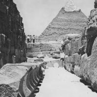 """Переход между так называемым """"гранитным храмом"""" и храмом сфинкса в Гизе. Фото: Анджей Дзевановский"""