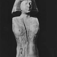 Фрагмент деревянной статуи женщины, называемой «женой мэра Саккары». V дин. Египетский музей в Каире. Фото: Анджей Дзевановский