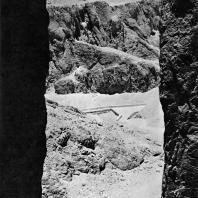 Фивы. Египет. Долина царей. Вид с гробницы Тутмоса III. Фотограф: Анджей Дзевановский